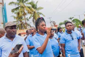 Veronica Ivoke calls on government leaders to reject water privatization and pursue public solutions that protect Lagosians' human right to water. Credit: ERA